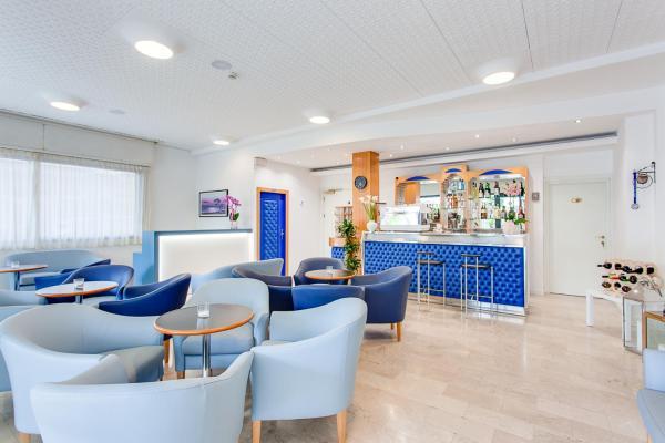 Hotel Eugenio 2* ☆ Cesenatico, Riviera di Rimini, Italia (3 ...