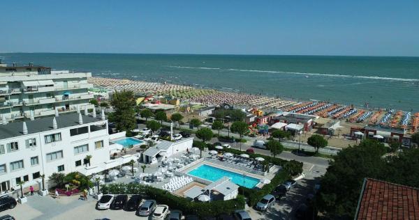 Hotel promenade universale 3* ➜ cesenatico riviera di rimini